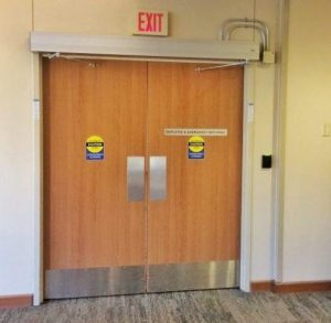 hospital-automatic-swing-door-opener-quad-systems
