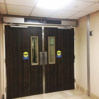hospital-automated-entrance-door-quad-systems